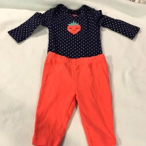 2pc long sleeve strawberry outfit